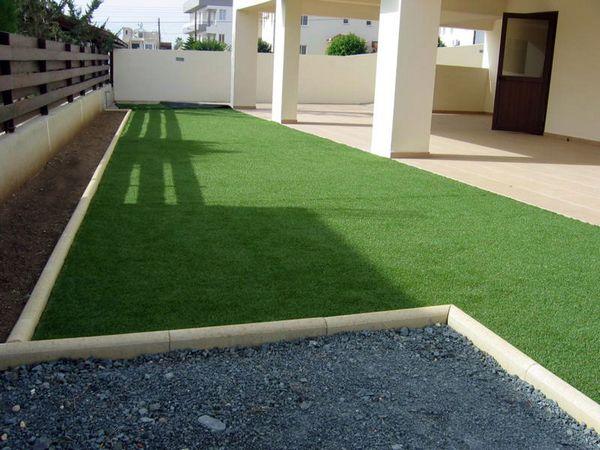 So sánh ưu điểm của cỏ nhân tạo với cỏ tự nhiên